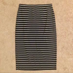 Max Studio Black White Striped Pencil Skirt - S